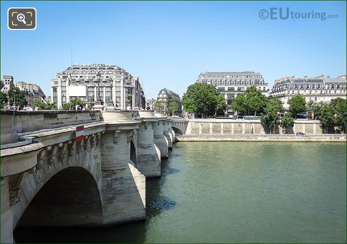 La Samaritaine Quai De Megisserie River Seine