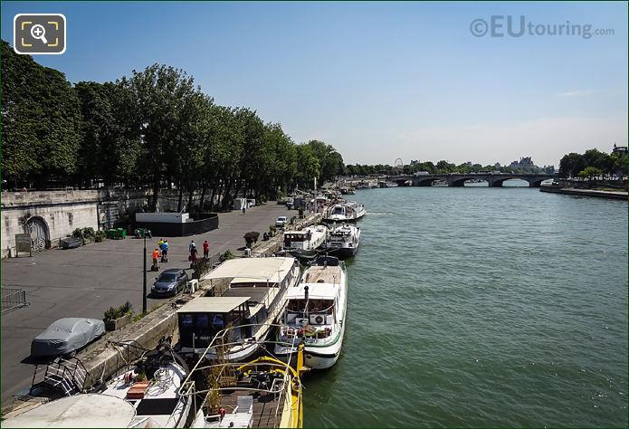 River Seine And Port De La Concorde