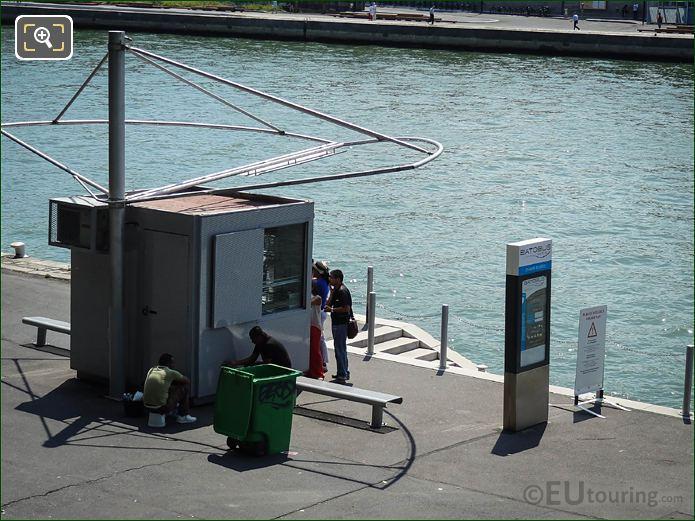 River Seine Batobus Dock Along Port Champs Elysees