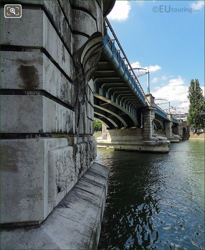 Pont Rouelle Bridge Over The River Seine