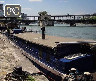 The River Seine With Pont De Bir-Hakeim