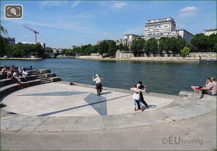 River Seine And Tango Dancers