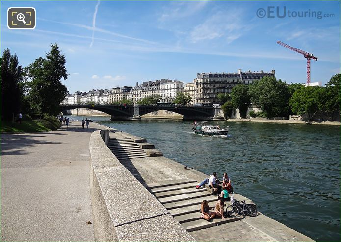 Private River Seine Boat Hire Paris