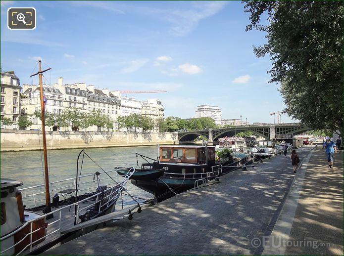 Port De La Tournelle With The River Seine