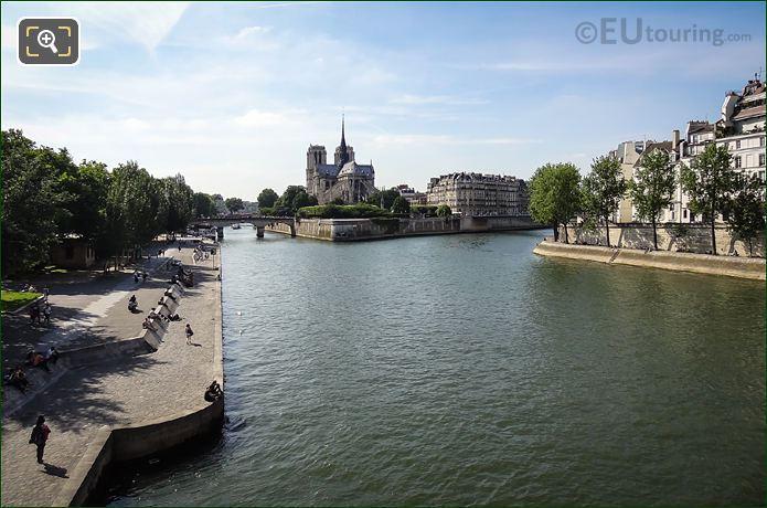 River Seine Around Ile De La Cite