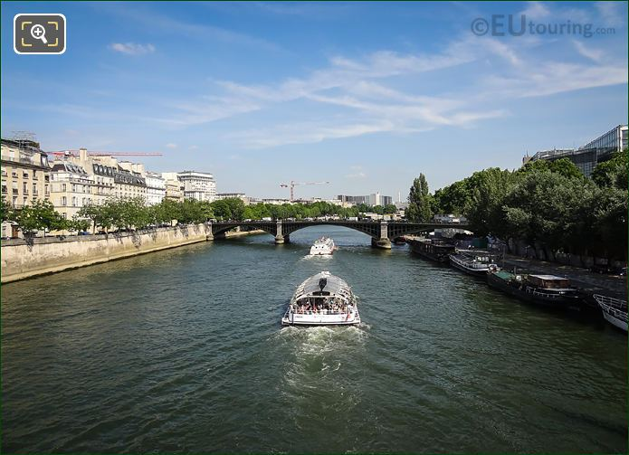Sightseeing Cruise Boats River Seine Paris