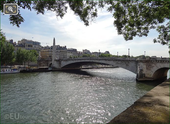 River Seine Viewed From Quai De Bethune