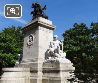 Square Barye Monument