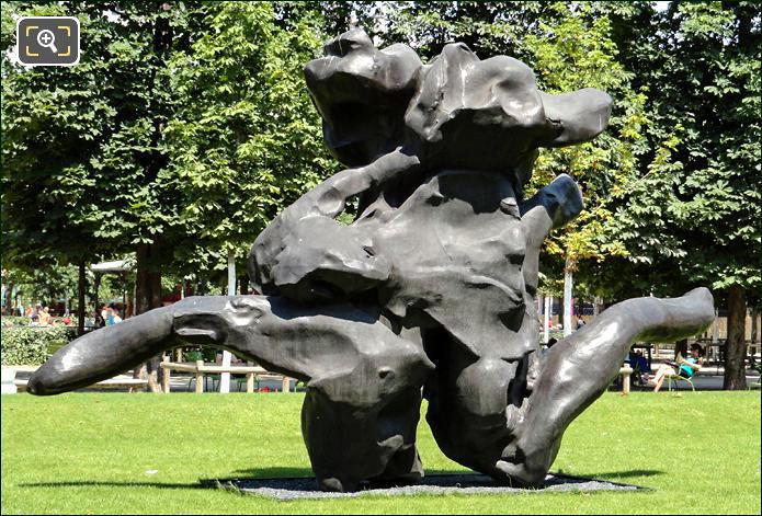 Sculpture by Willem de Kooning in the Tuileries
