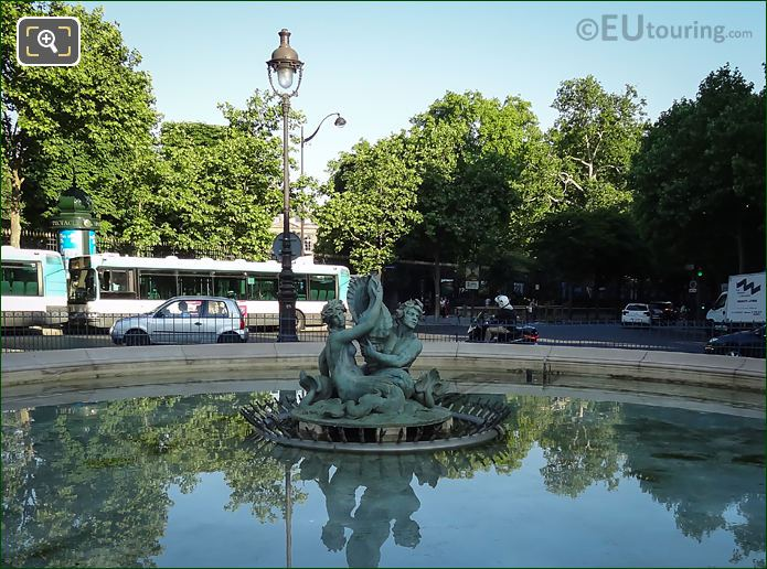 Gustave Crauk Statue In Fontaine Du Bassin Soufflot