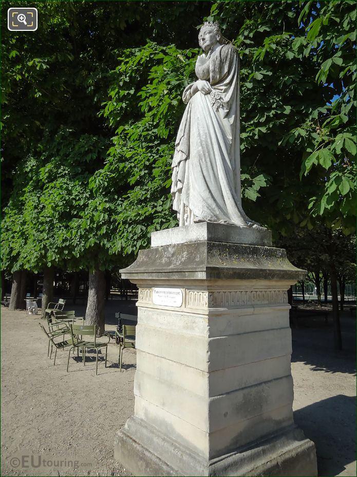 Jardin Du Luxembourg Queen Of Navarre Statue
