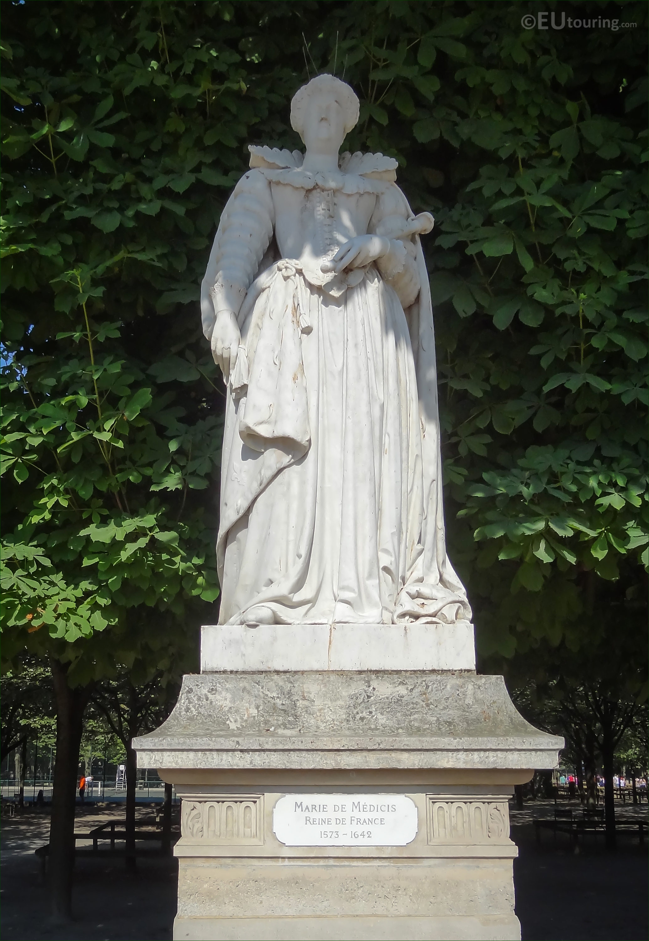 Photos of Marie de Medicis statue in Jardin du Luxembourg - Page 463