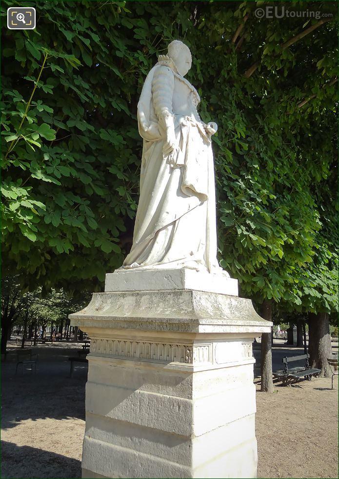 1847 Statue Of Marie De Medicis