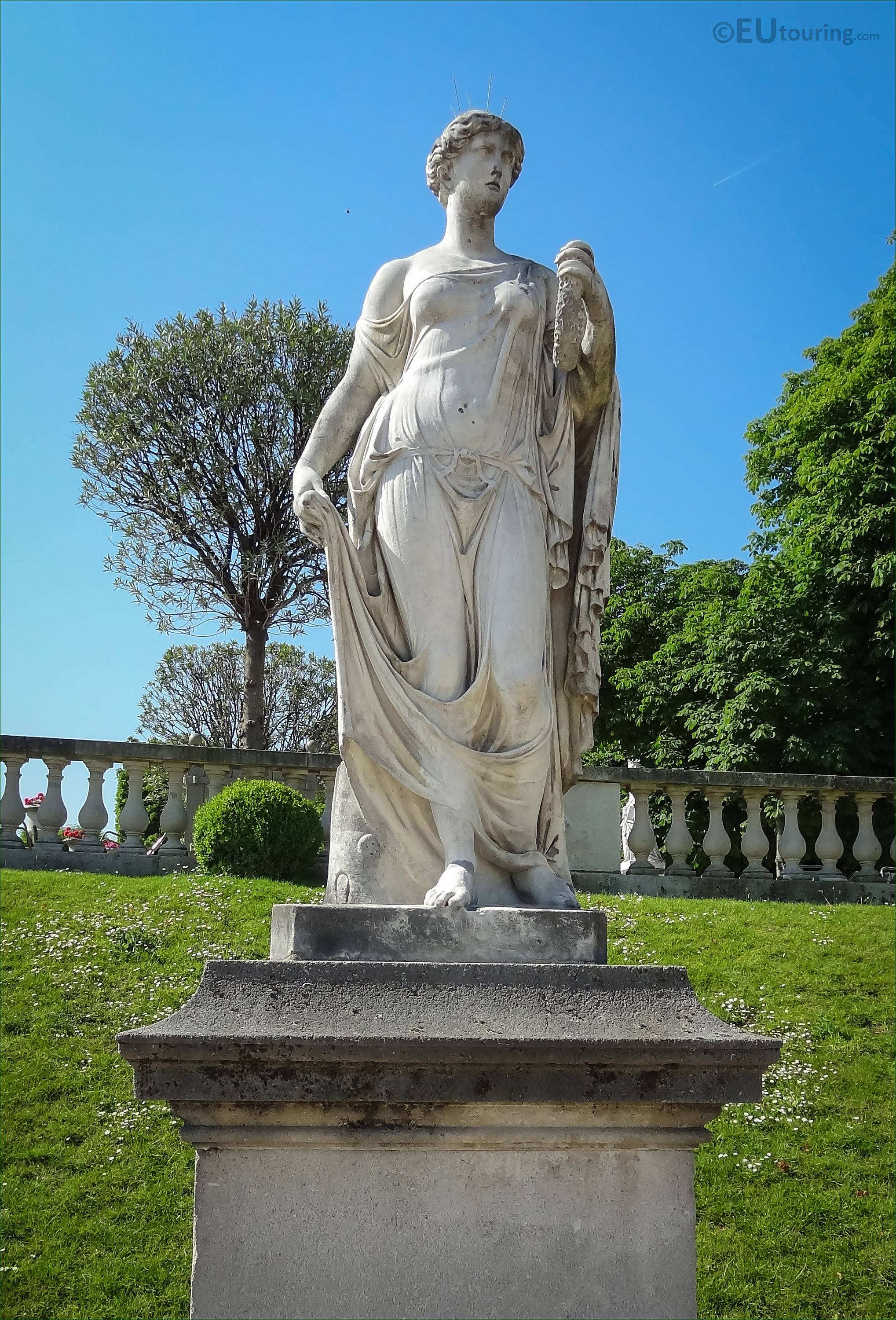 Photos Of Goddess Of Flowers Statue In Luxembourg Gardens Page 461