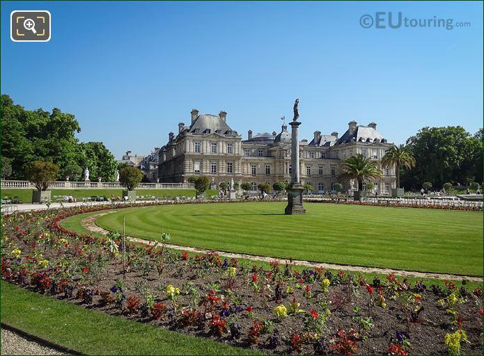 Venus Sortant Du Bain Statue Jardin Du Luxembourg