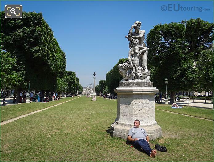 Le Crepuscule Statue Jardin Robert Cavelier De La Salle