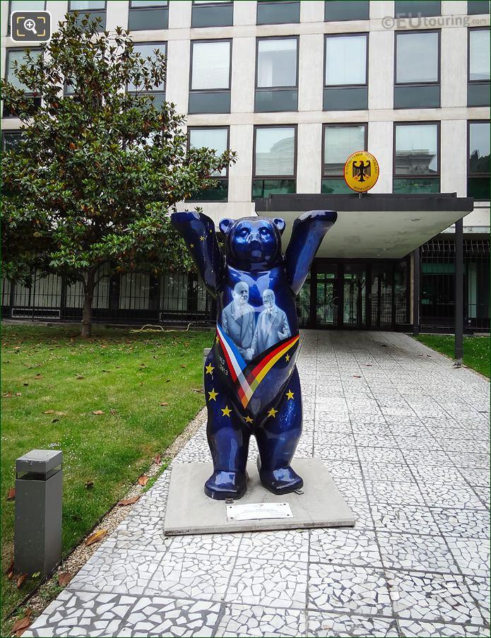 The Elysee Treaty United Buddy Bear Paris