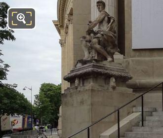 Grand Palais South East Corner Statue l'Art Industriel