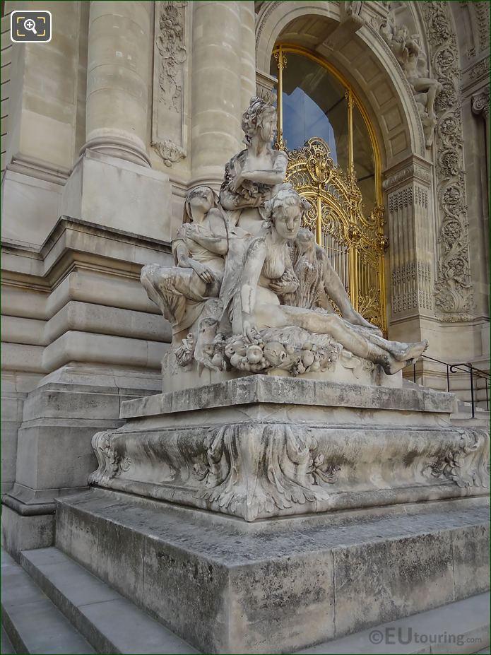 Les Quatre Saisons Statue Group Petit Palais