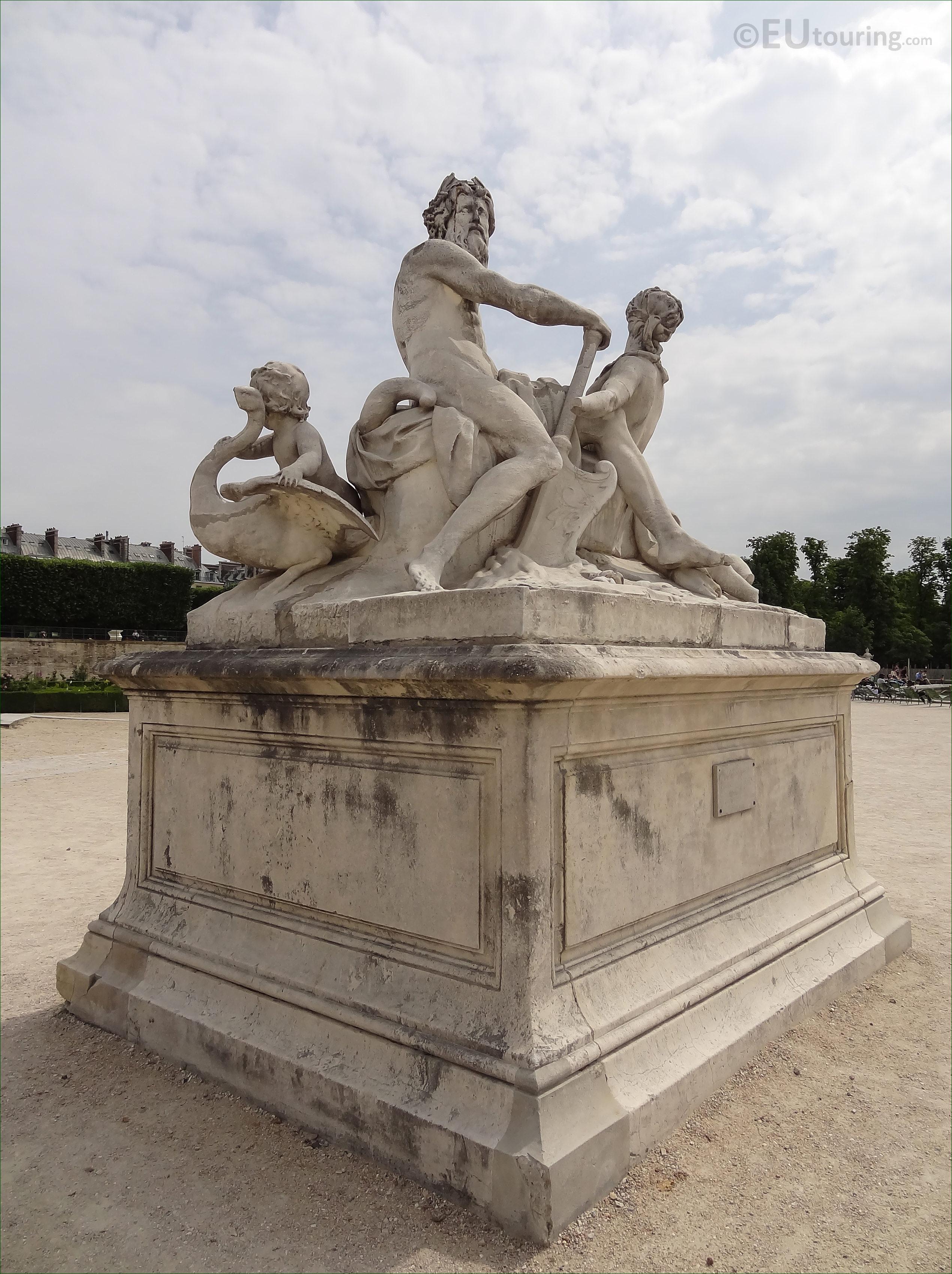 """Résultat de recherche d'images pour """"STATUE DE LA SEINE ET LA MARNE tuileries"""""""