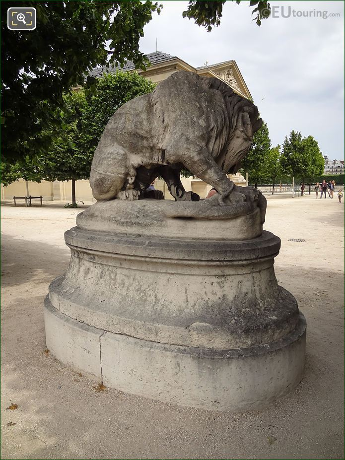Antoine-Louis Barye Statue The Lion Au Serpent In Paris