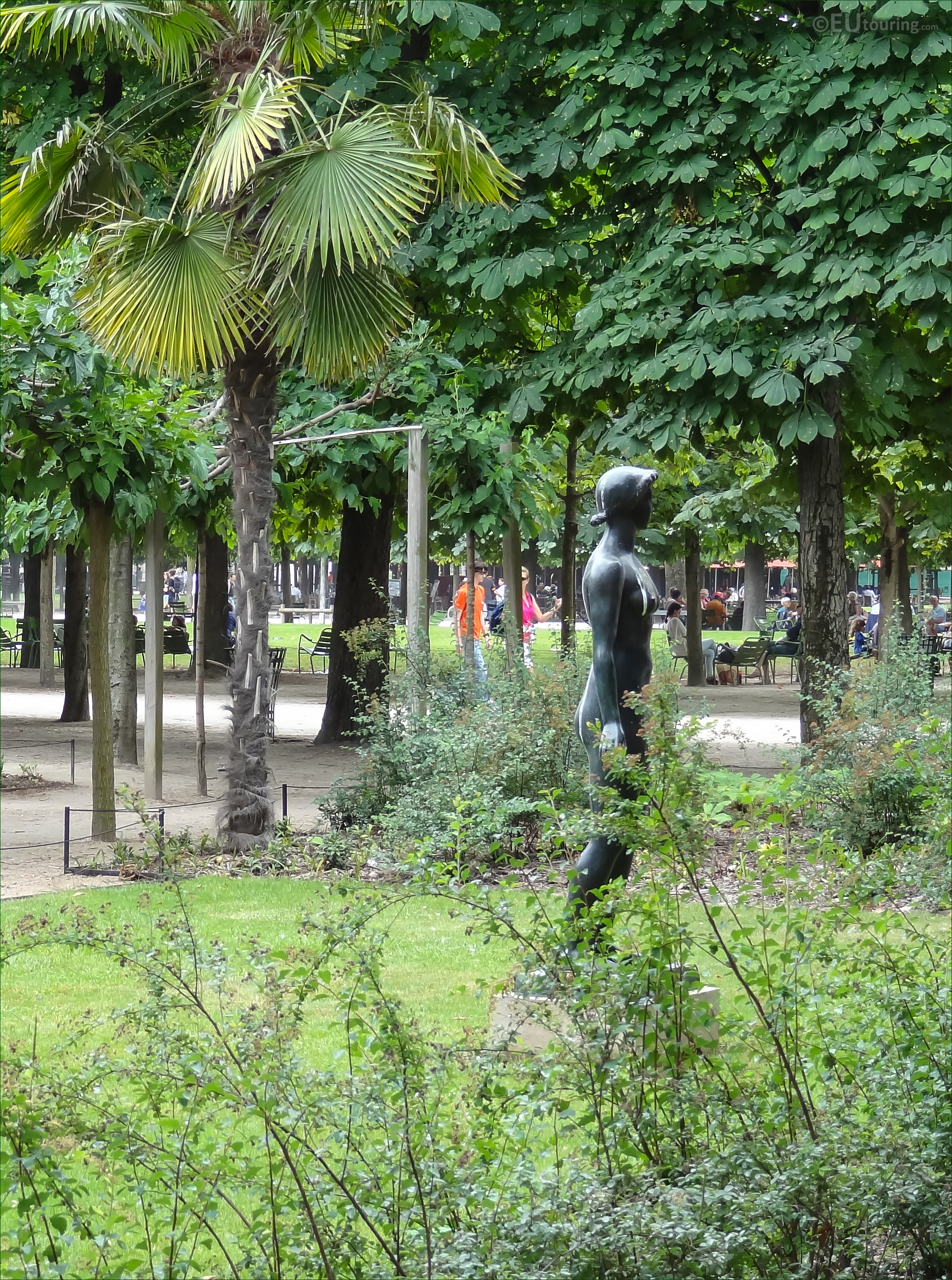 s of Jeanette statue in Jardin des Tuileries Page 667