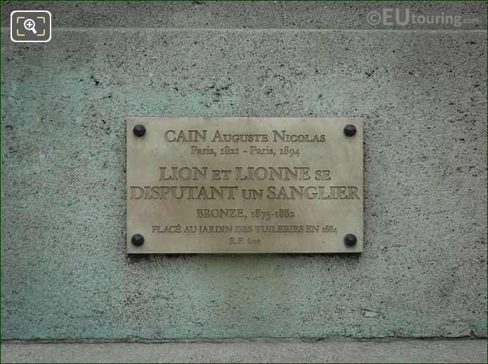 Info Plaque On Lion Et Lionne Se Disputant Un Sanglier Statue