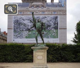 Bronze Retour De Chasse Statue In Jardin Des Tuileries
