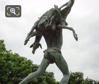 Tuileries Gardens Statue Retour De Chasse