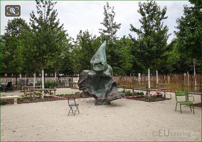 Front Of L'Ami De Personne Statue