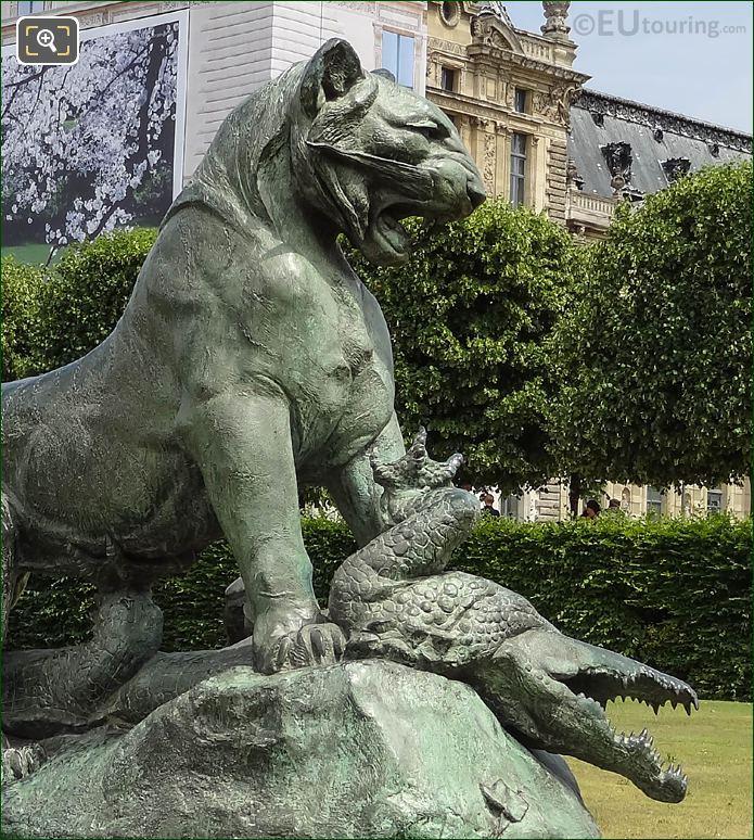 Close Up Of The Tigre And Crocodile Statue