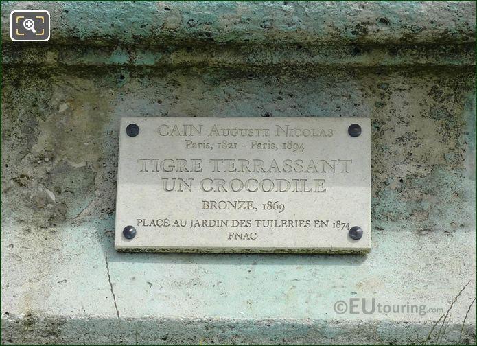Information Plaque On Tigre Terrassant Un Crocodile Statue
