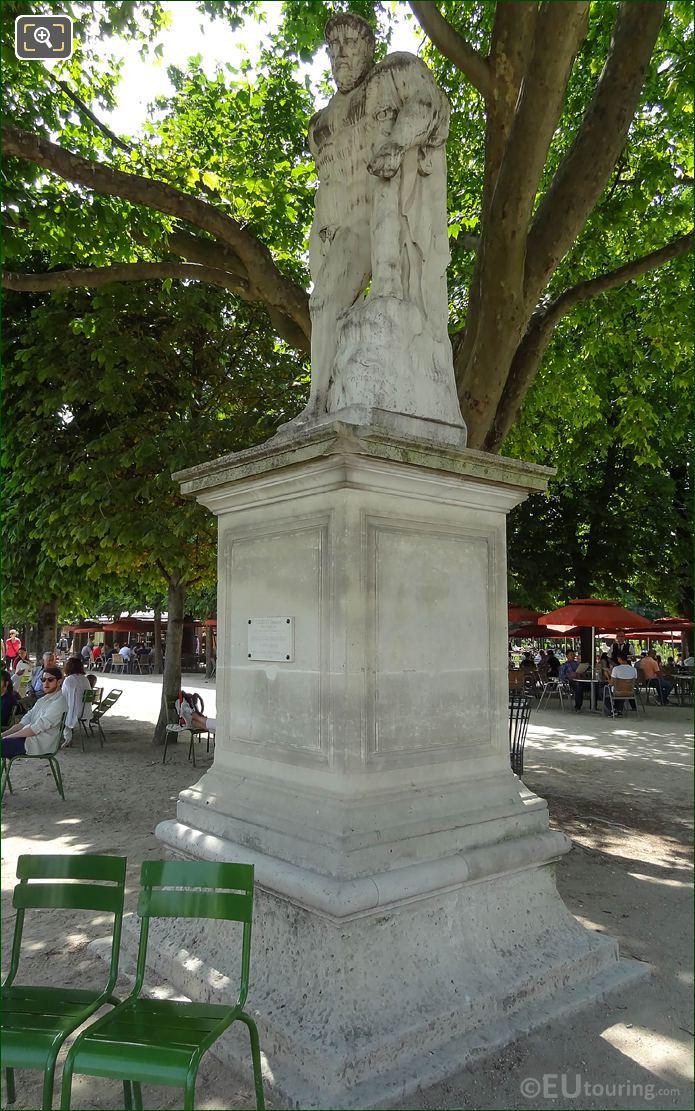 Hercule Farnese Statue In Jardin Des Tuileries