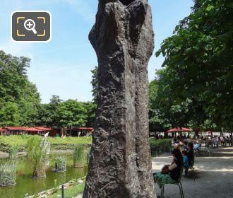 Manus Ultimus Sculpture In Jardin Des Tuileries