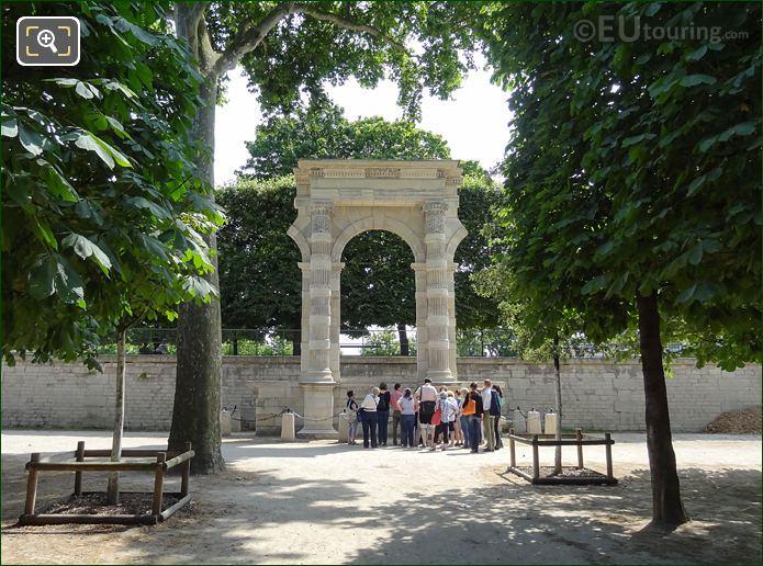 Vestige Du Palais Des Tuileries By Philbert De l'Orme