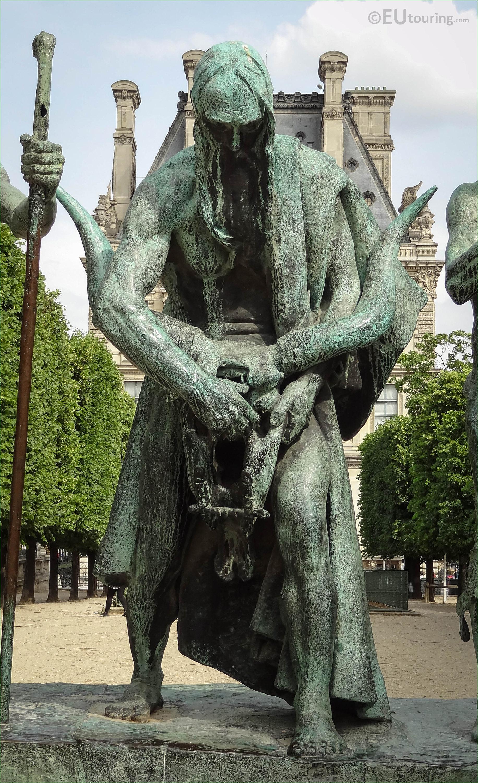 Les fils de cain statue group in jardin des tuileries - Statues jardin des tuileries ...