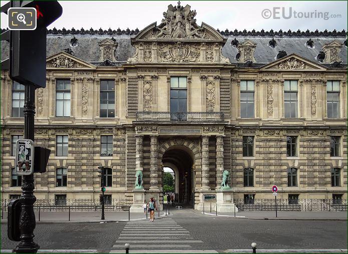 Pediment Sculpture Porte Des Lions South Entrance