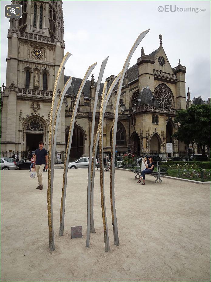 Modern Art Sculpture Hautes Herbes