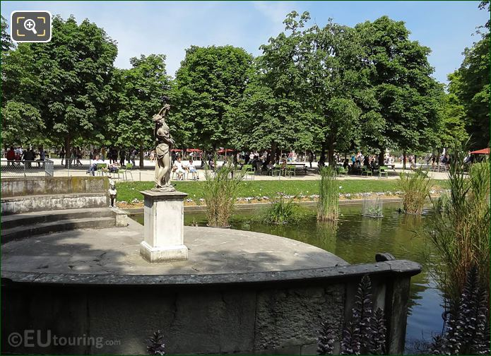 Jardin Des Tuileries Grand Couvert With Statue Of Venus Callipyge
