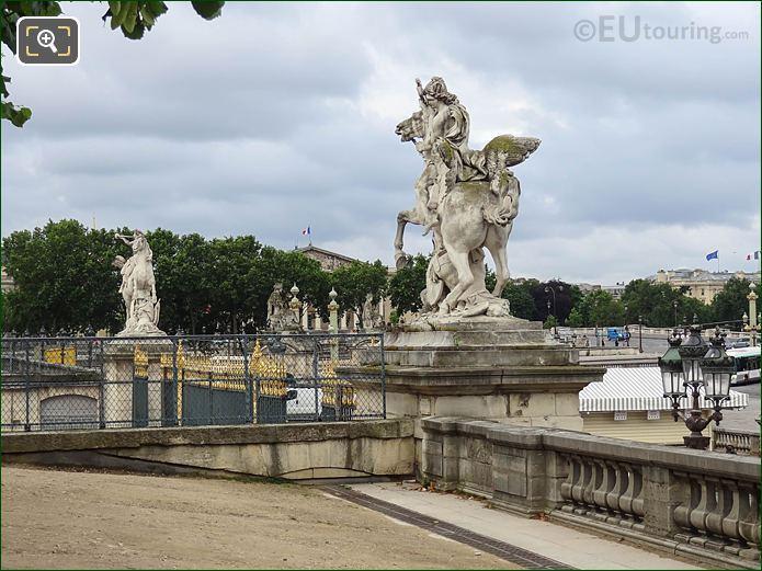 Mercure Monte Sur Pegase Statue At Tuileries West Gates