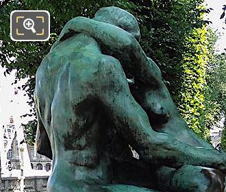 No1 Bronze Statue The Kiss