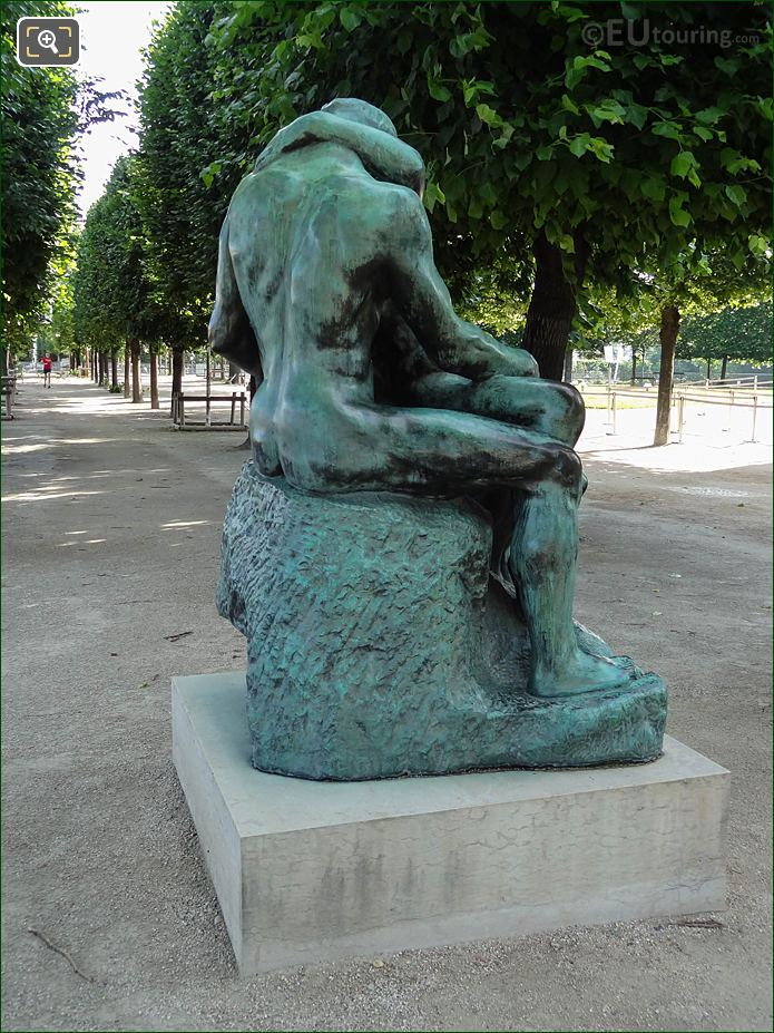 RHS Of The Kiss Statue In Jardin Tuileries