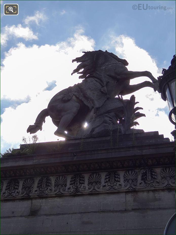 Cheval Retenu par un Palefrenier Statue At Place De La Concorde