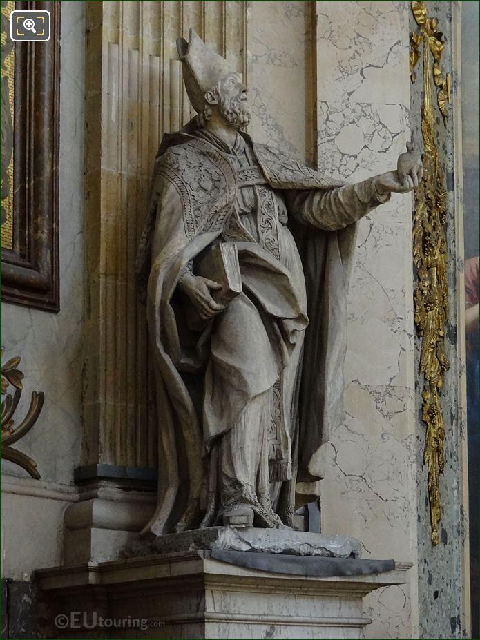Historical Bishop Statue At Eglise Saint-Roch