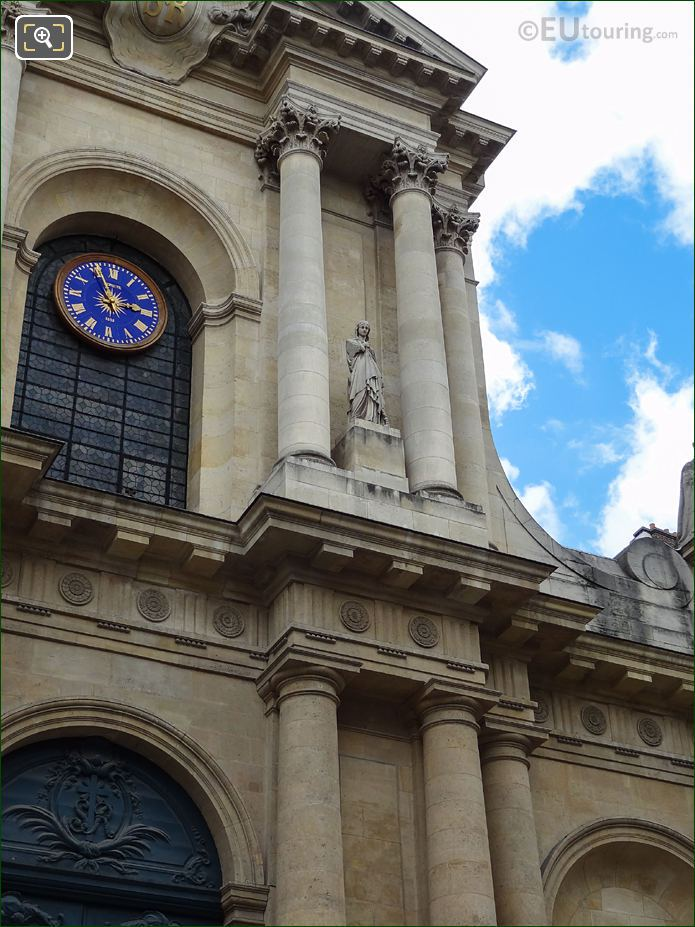 South Facade Of Eglise Saint-Roch With Sainte Genevieve Statue