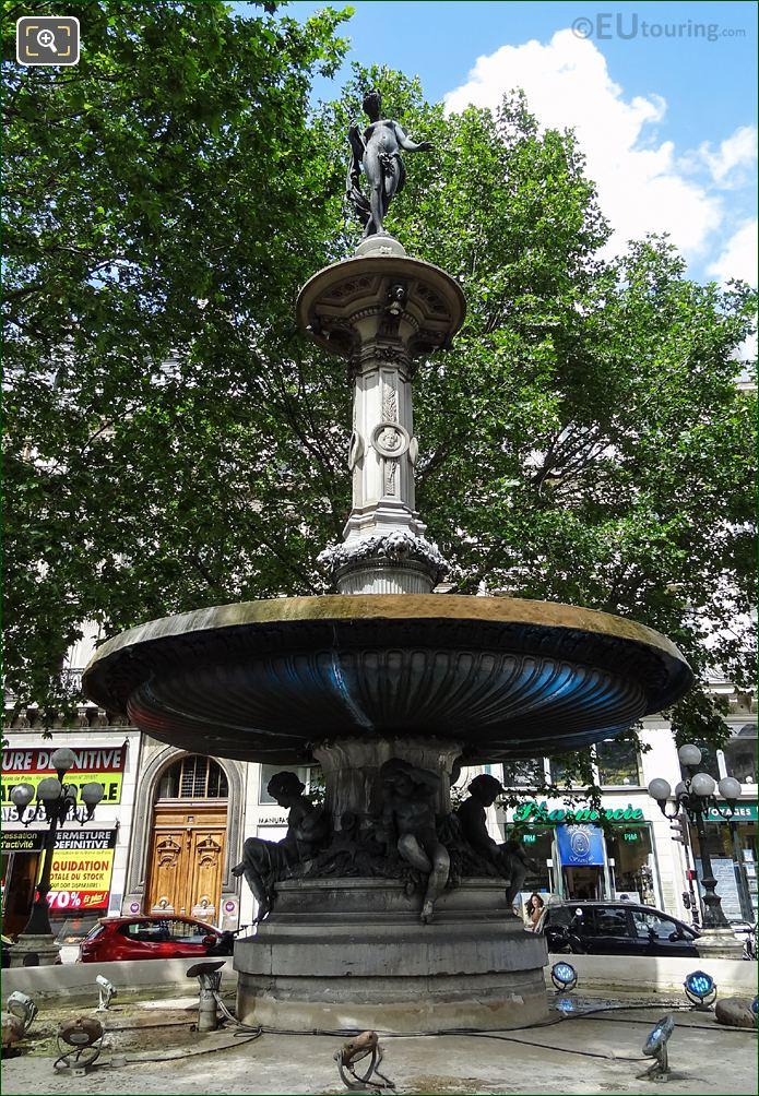 Fontaine Du Theatre-Francais Nymphe Fluviale Inside Place Andre-Malraux