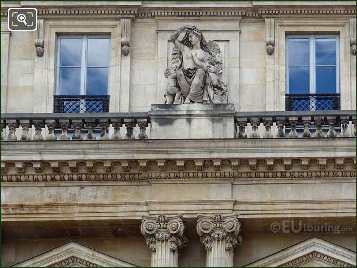 Le Commerce Statue On Palais Royal Balustrade