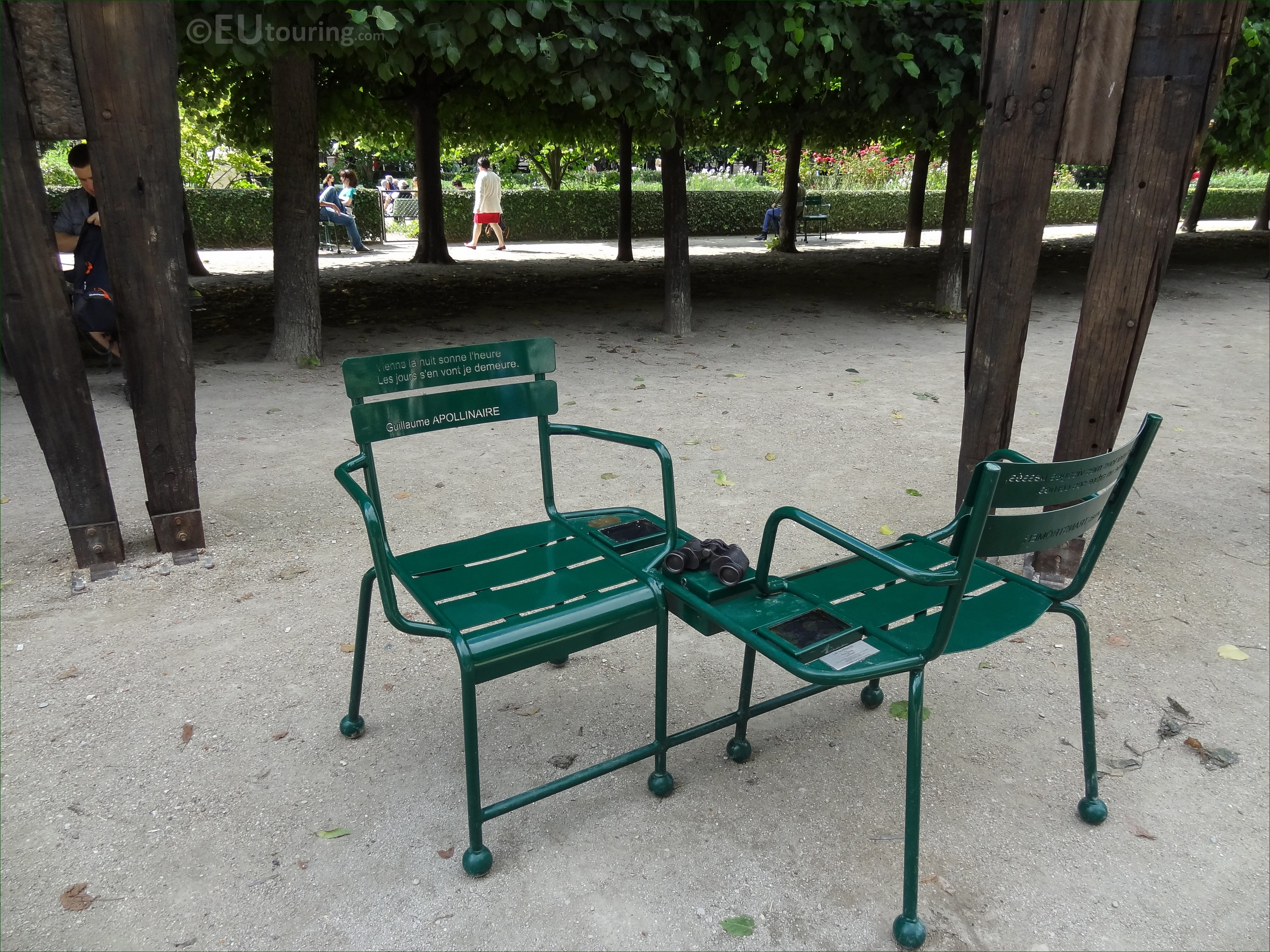 Les Confidents Chairs Within Palais Royal Gardens Page 1163