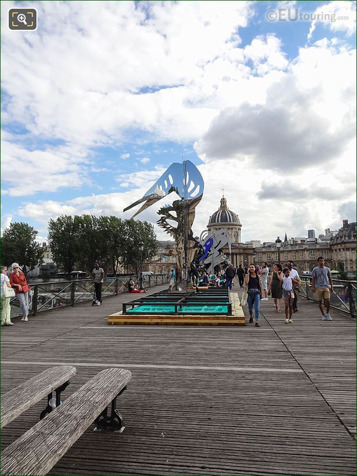 Enchanted Footbridge Exhibition Arbre VII Sculpture Pont Arts