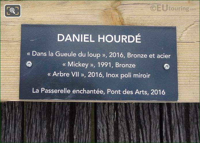 Information Plaque Dans La Gueule Du Loup
